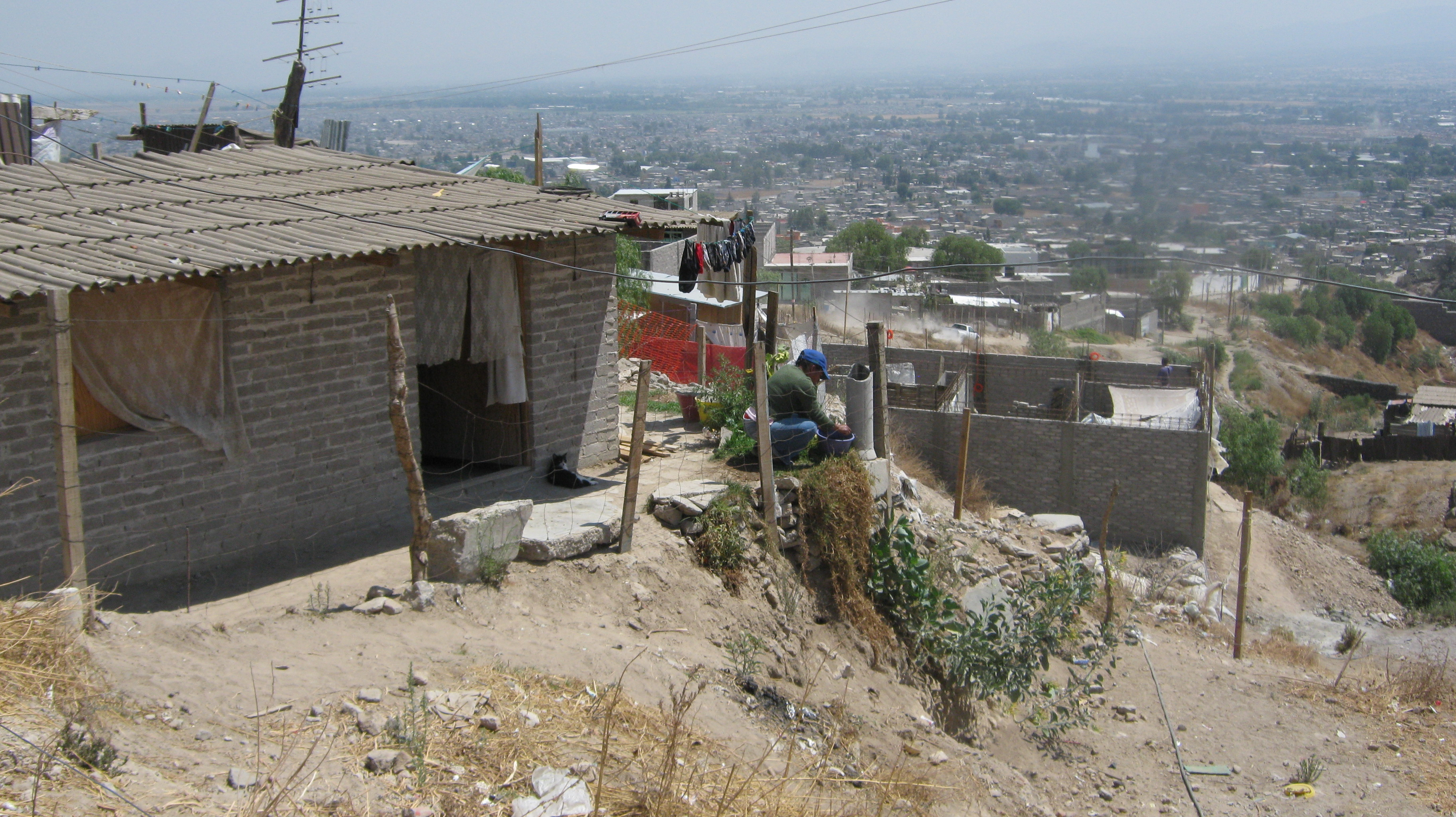 los artículos 3 y 13 de la ley general de asentamientos humanos con