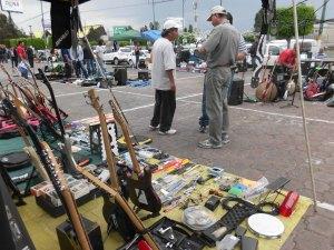 bazar de instrumentos musicales en zona norte se busca