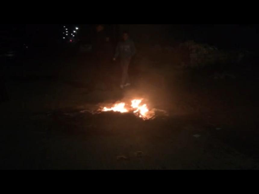 Panistas queman papelería electoral y retienen a funcionarios del IEEM en Nopaltepec