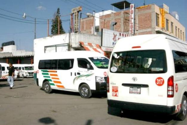 Choferes de COMTEM agreden a los de La Montaña de Texcoco para apoderarse de la ruta