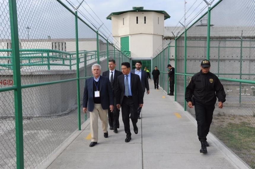 El 22 de octubre comisionado de la CES superviso el Penal del Tepachico