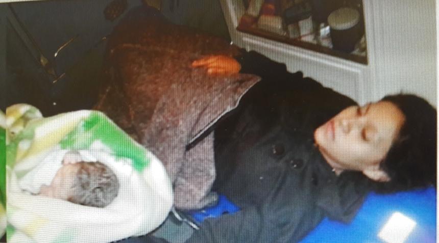 auxilio-labor-de-parto-joven-de-20-anos