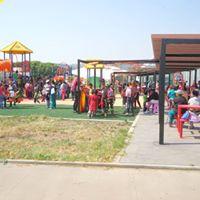 Plaza- B