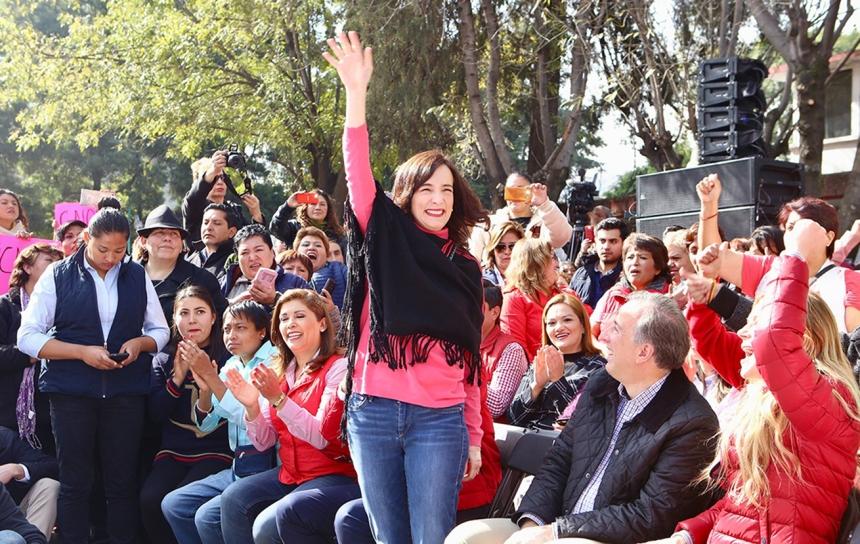 FOTO 8 La señora Juana Cuevas durante el encunetro de Meade con mujeres priistas de Atizapán de Zaragoza